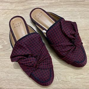 A New Day Natalee bow twist mule slip on flats